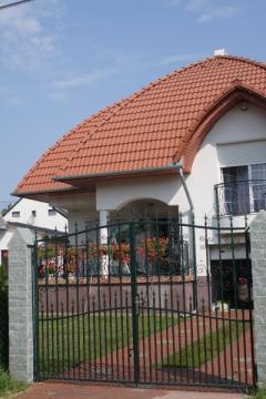 tetőcserép, mediterán tetőcserép, tetőfedőanyag, tetőrendszer, beton tetőcserép